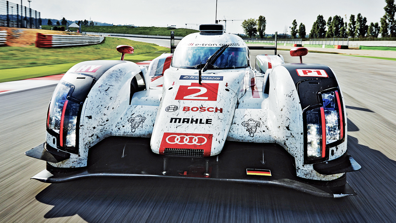 2014 Audi R18 e-tron: Audi's Infamous Diesel-Hybrid Tested!