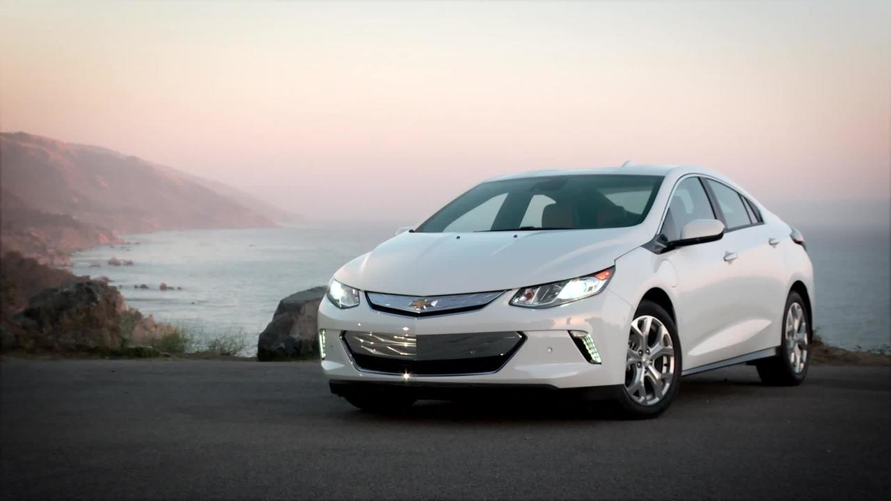 2016 Chevrolet Volt Review Video - Motor Trend