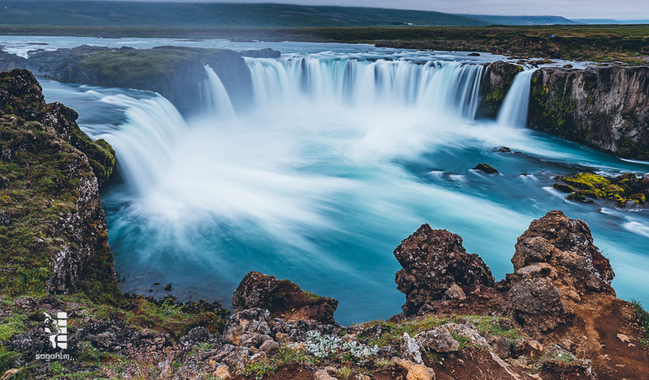 iceland-waterfall-1