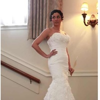 Ocean cliff mansion bridal show