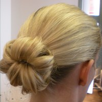 Bridesmaid Flower Knot