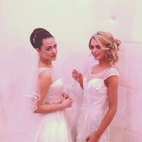 Lisa booth's bridal models from pro hair